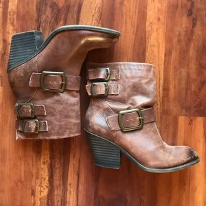 Lucky brand TOMMIE buckle boots